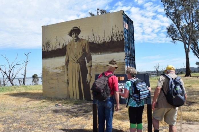 Hilda Bain painting at Winton Wetlands